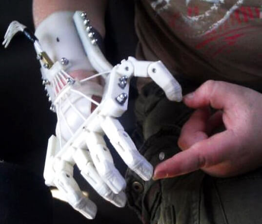 how to make a prosthetic hand for a science project