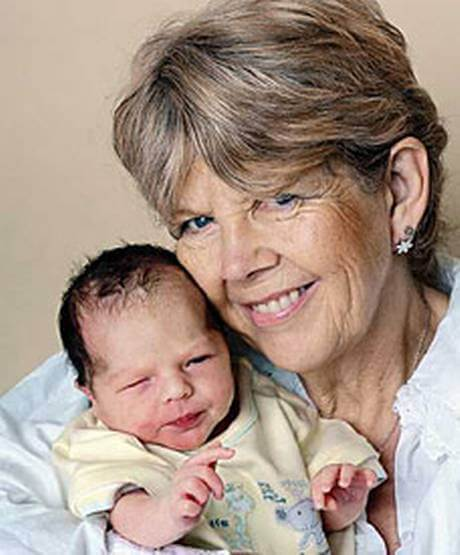 Patti Farrant with her newborn son JJ