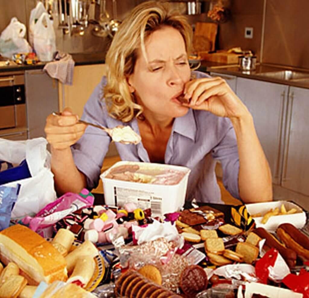 overeating-christmas-1024x988.jpg