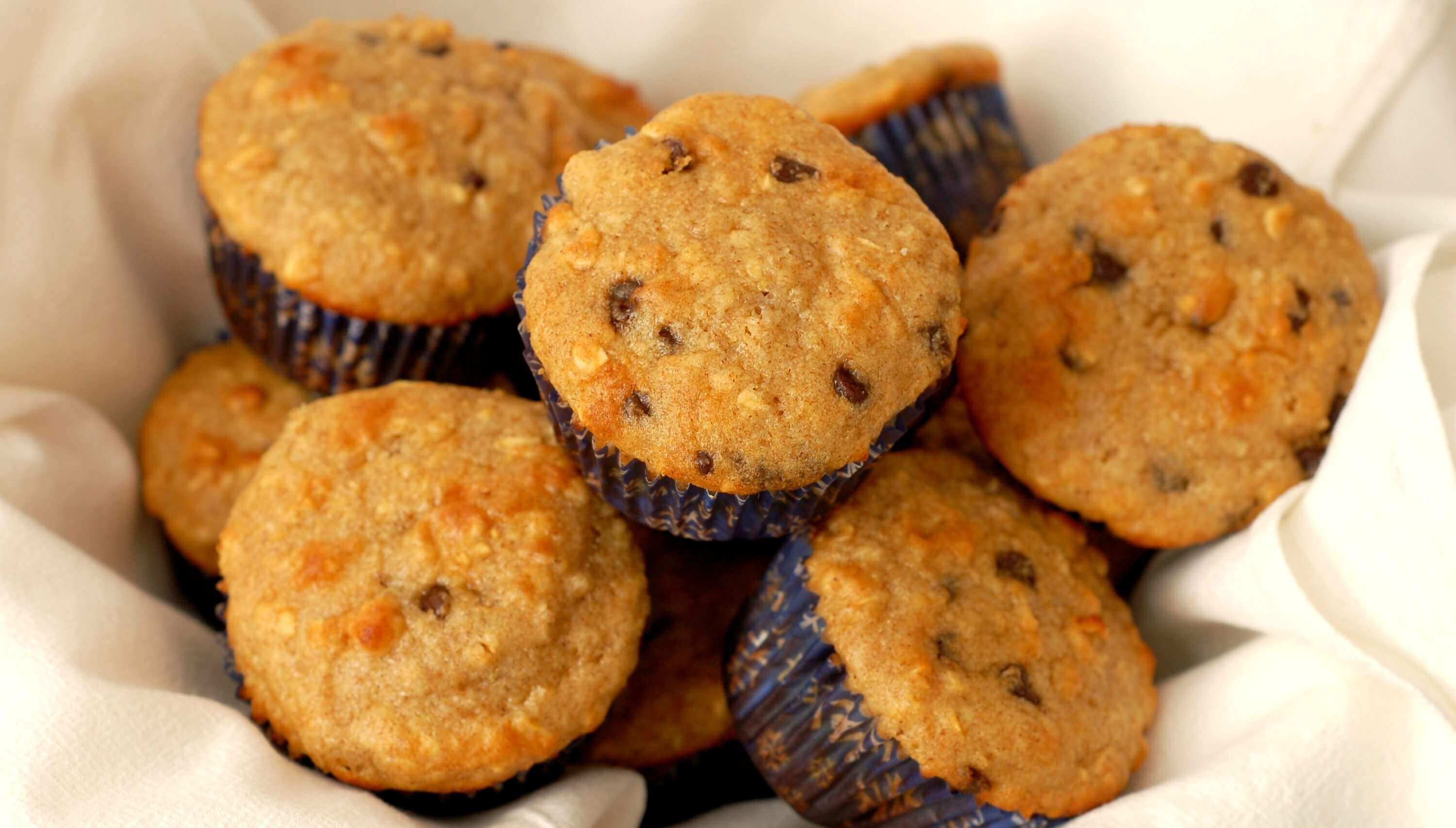 choc chip yogurt oat muffins UC w name e