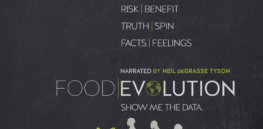 Foodie Michael Pollan and 45 researchers dismiss Food Evolution doc as 'a piece of propaganda'