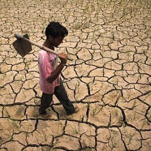 India drought farmer 3423