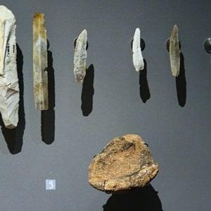 px Prehistoric Tools Les Combarelles Les Eyzies de Tayac MNP