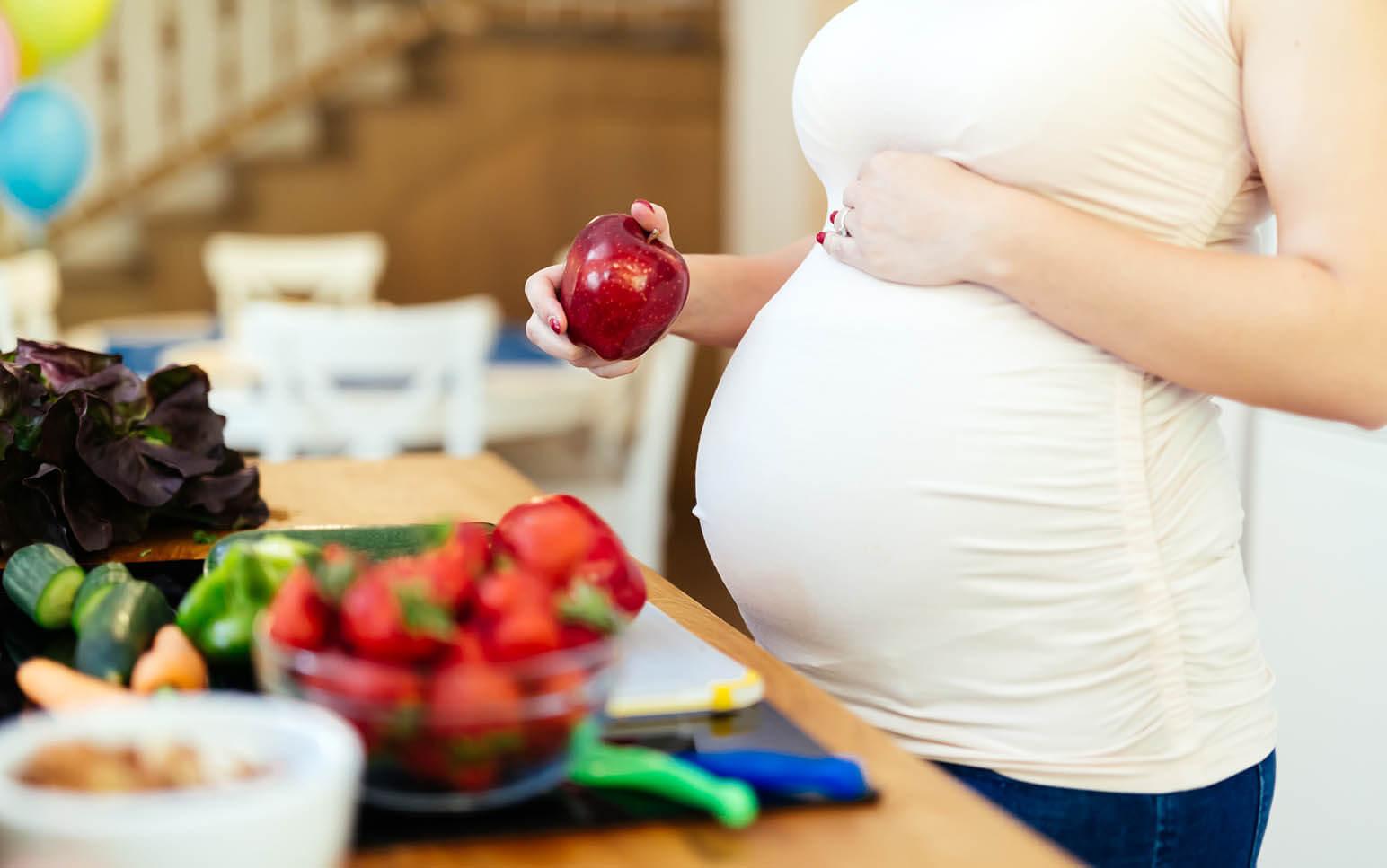 pregnancy nutrition hero