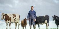 organic dairy farmer 327327