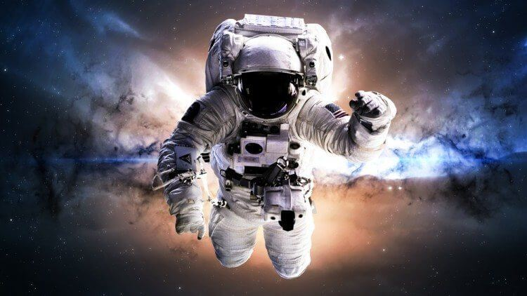 astronaut in deep space - photo #4