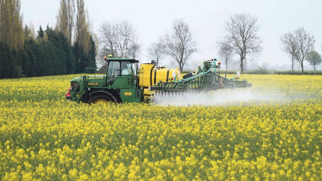 France's neonicotinoid ban just took effect. How will it impact farmers?