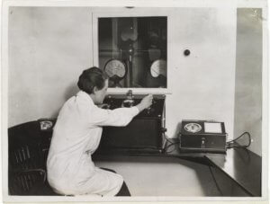 10-31-2018 Control_panel_for_X-ray_therapy,_Marie_Curie_Hospital,_1934_Wellcome_L0037366