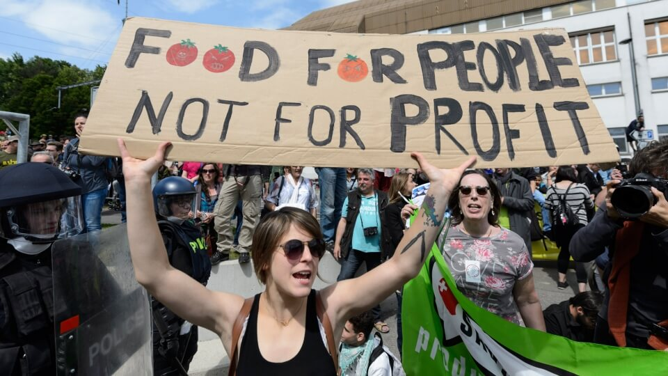 Viewpoint: Activists promotion of 'fog of misinformation' about GMOs challenges science communicators