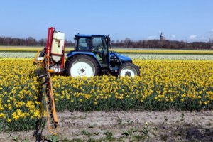 new holland tl and field sprayer