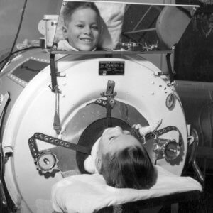 iron lungs for polio victims s s