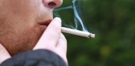 experts many reasons other than lung cancer to quit smoking
