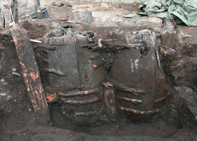 Ancient latrines in Odense. Image credit: Søe et al (2018)