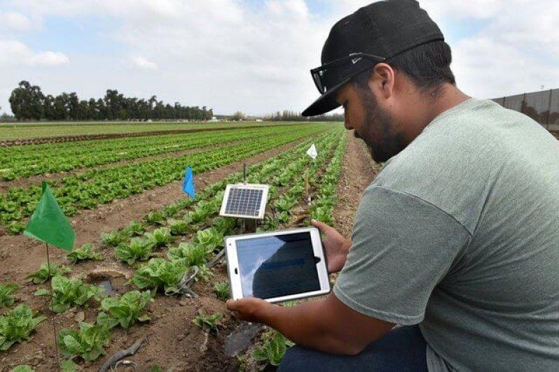 geovisual crop data tablet
