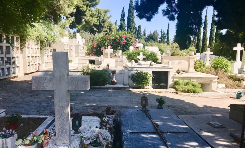 Graves and ossuary plots at The First Municipal Cemetery of Athens. Credit: Stephanie Studer/Medium