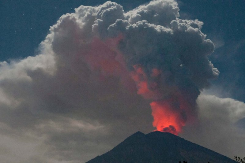 mount agung volcano eruption